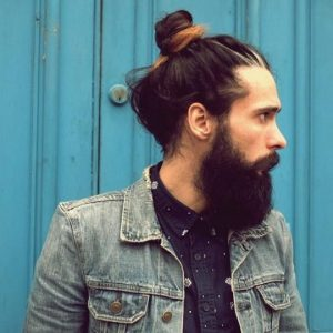 man bun hair