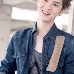 Korean Hairstyles for Men – Natural Wave and Body