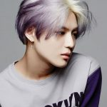 Mens Korean Hairstyles – Centre-parted with Pastel Shades