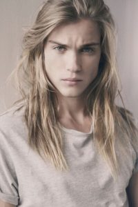 Straight-blonde-hair-for-men