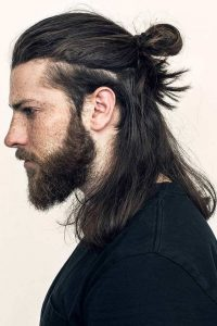 Layered-Samurai-Hairstyles