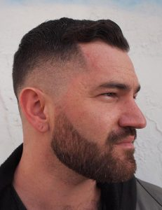 mid fade with subtle waves