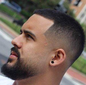 short tapered beard