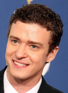 Curly-Round-Face-Mens-Cuts