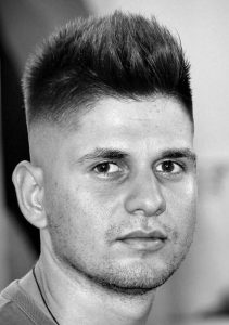 Powerful-Round-Face-Mens-Cuts