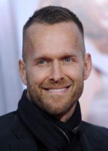 Drastic Undercut balding men hair